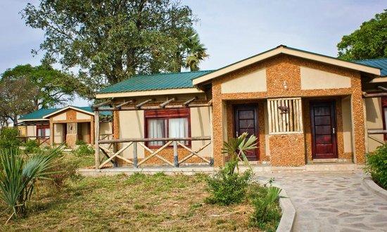 Pakuba Lodge
